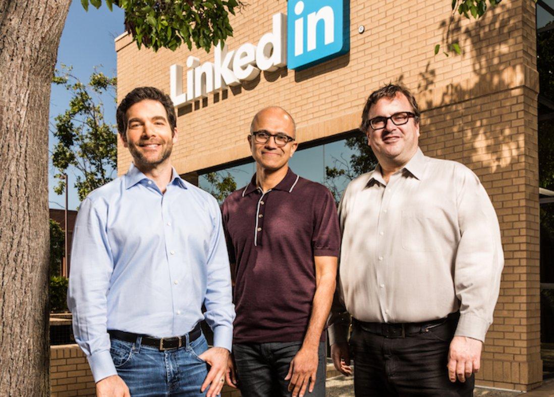 Microsoft cumpara LinkedIn