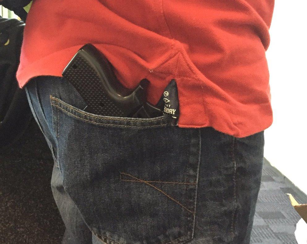 carcasa pistol aeroport