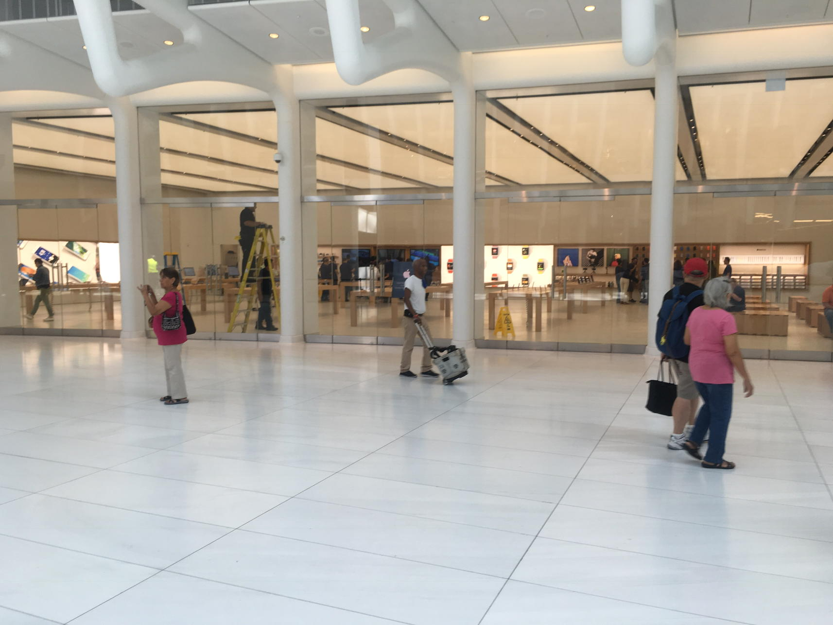 imagini apple store world trade center