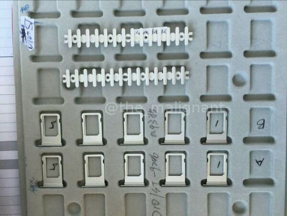 sertar sim iPhone 7 negru spatial 1