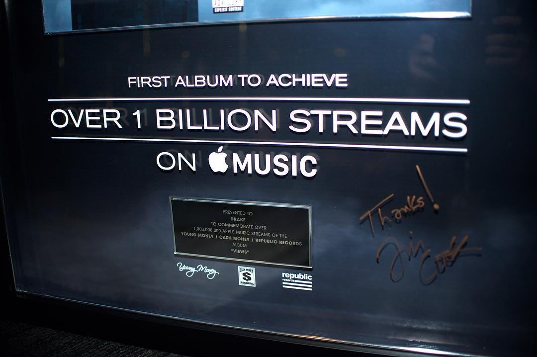 Apple Music Views 1 miliard