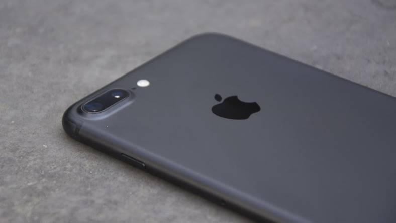 camera iphone 7 plus comparata