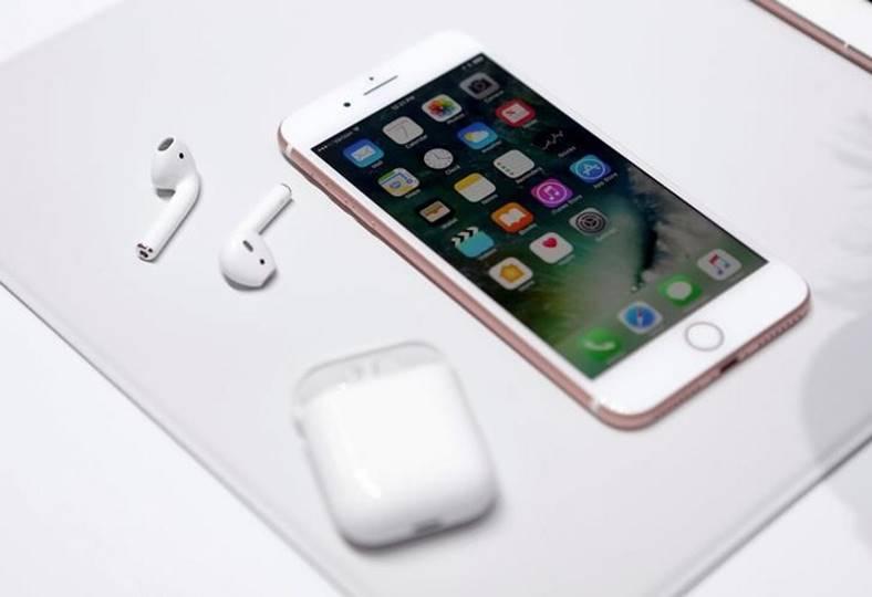 iphone 7 incepere livrari