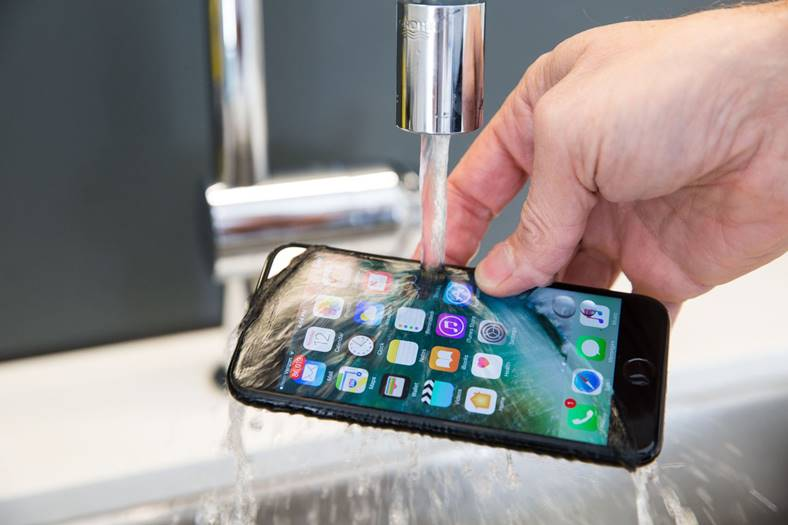 iphone 7 livrari emag intarzie 12 noaptea