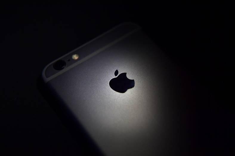 iphone 7 negru mat imagini