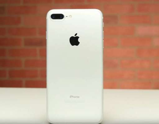 iphone 7 plus baterie umflata poze