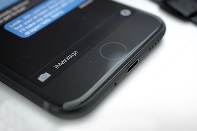 livrari iphone 7 apple