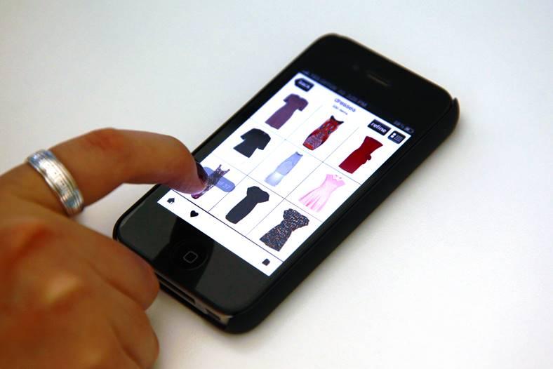 google-romania-shopping-online-smartphone