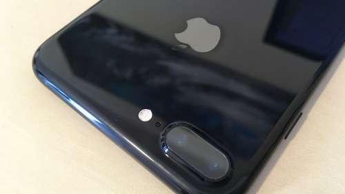 iphone-7-plus-jet-black-o-saptamana-2