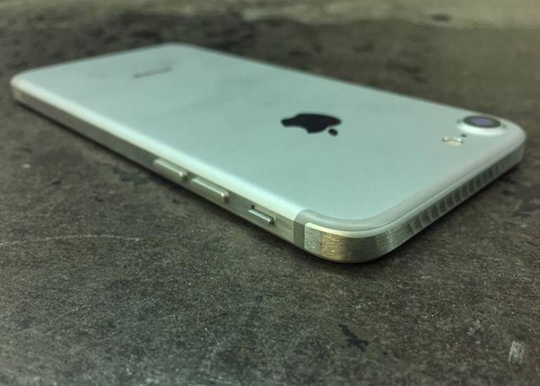 iphone-7s-modificare-carcasa