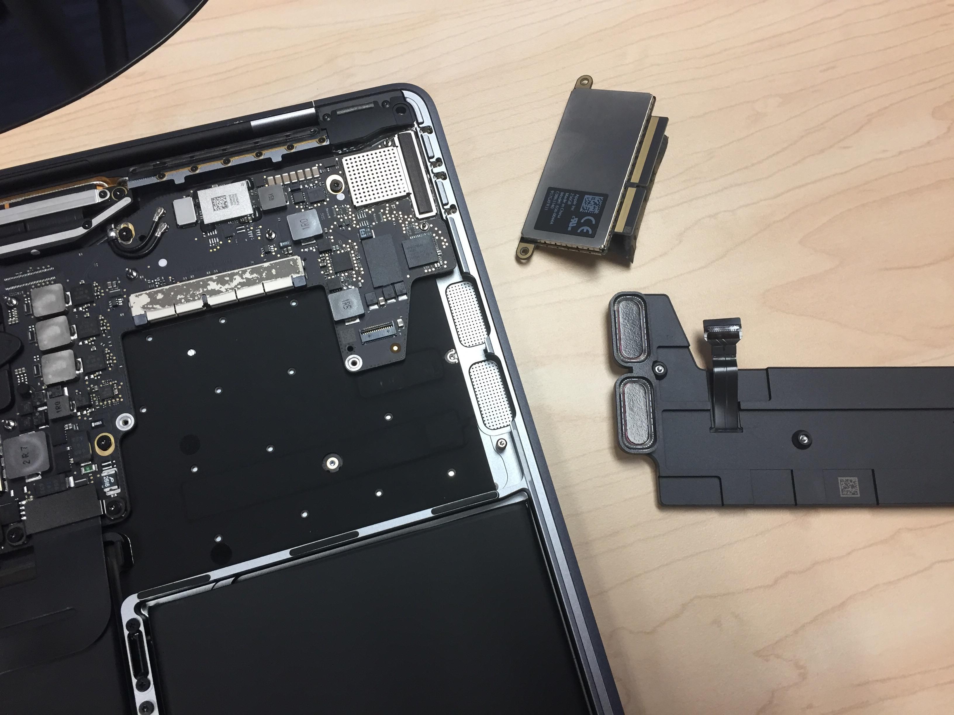 macbook pro 2016 dezasamblat