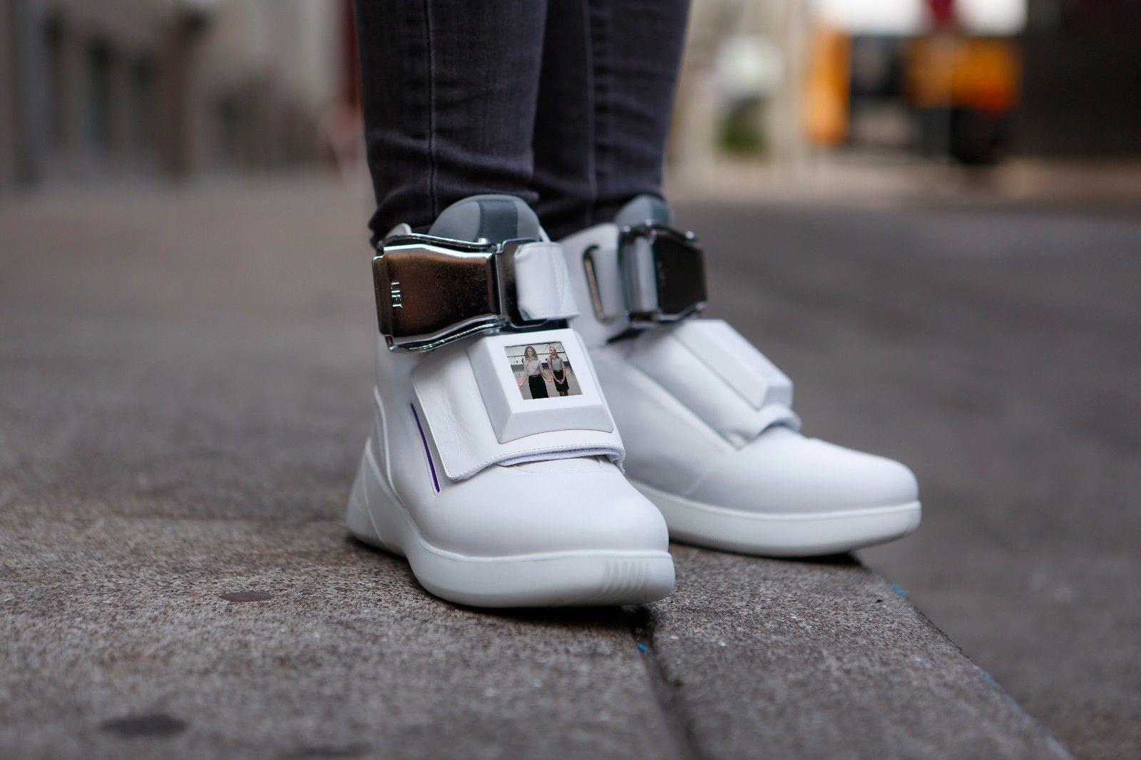 pantofi-sport-virgin-america