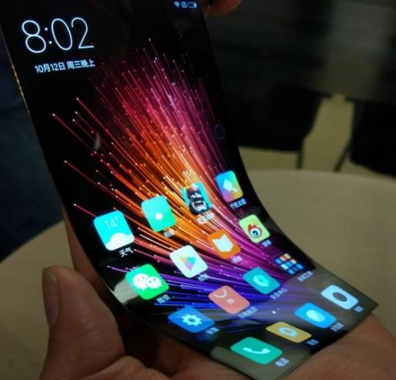 xiaomi-smartphone-ecran-curbat