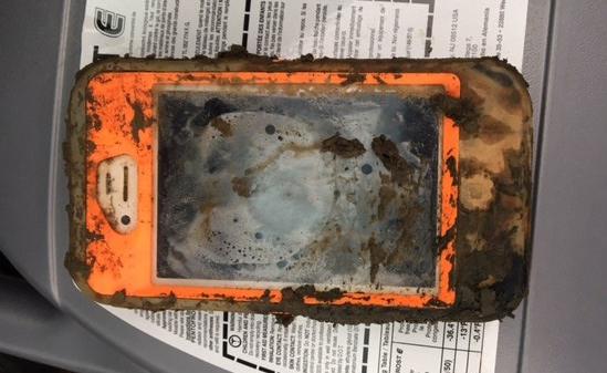 iphone-4-lac-inghetat