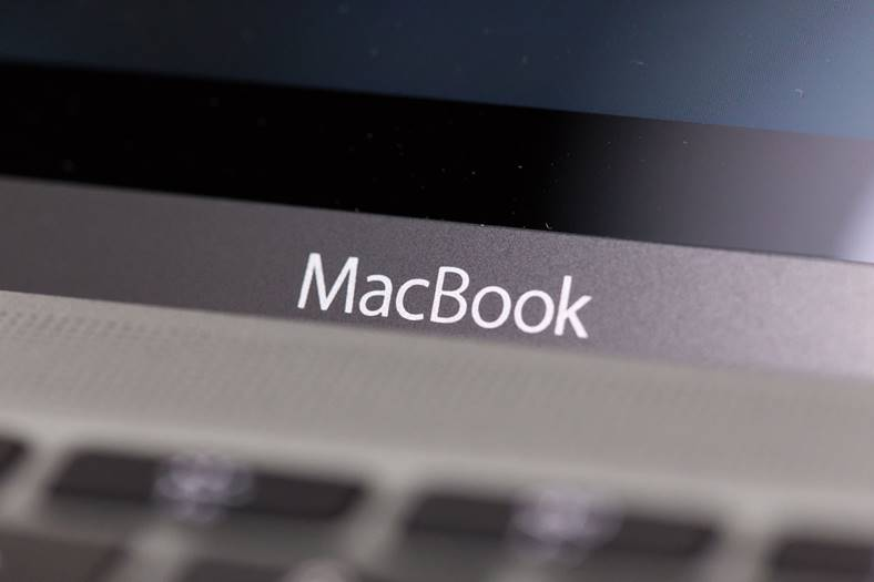 macbook-ecran-oled-apple