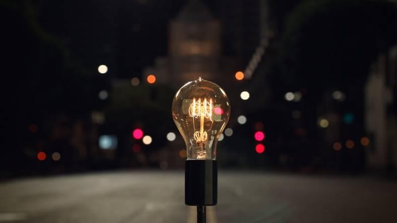 macbook-pro-touch-bar-bulbs