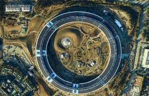 apple-campus-2-imagine-1-7-gigapixeli