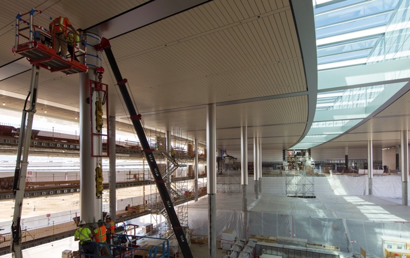 apple-campus-2-interior