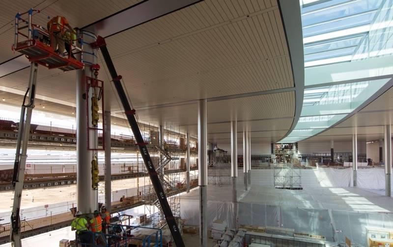 apple-campus-2-poza-interior