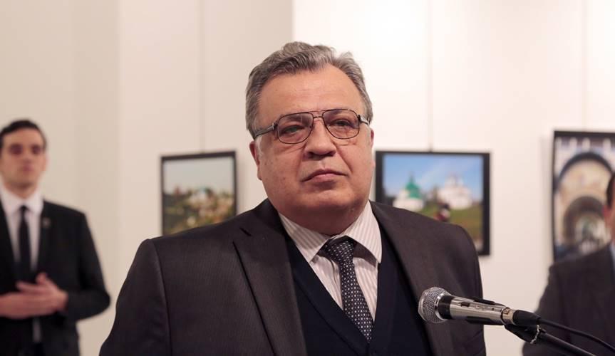 apple-deblocare-iphone-4s-politist-turc-ambasador-rusia