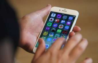 iPhone reconditionat apple