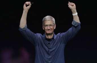 presedinte-apple-tim-cook-apple-watch