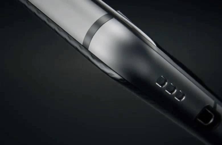 ces-2017-blackberry-mercury-iphone-7