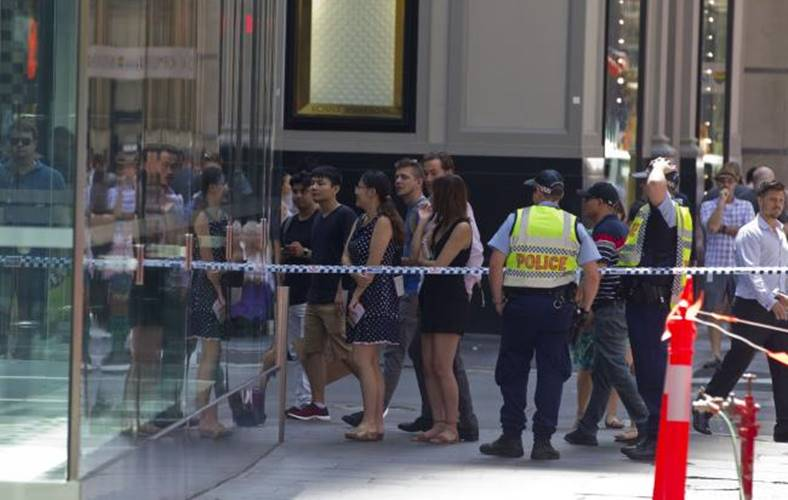apple store evacuat sydney
