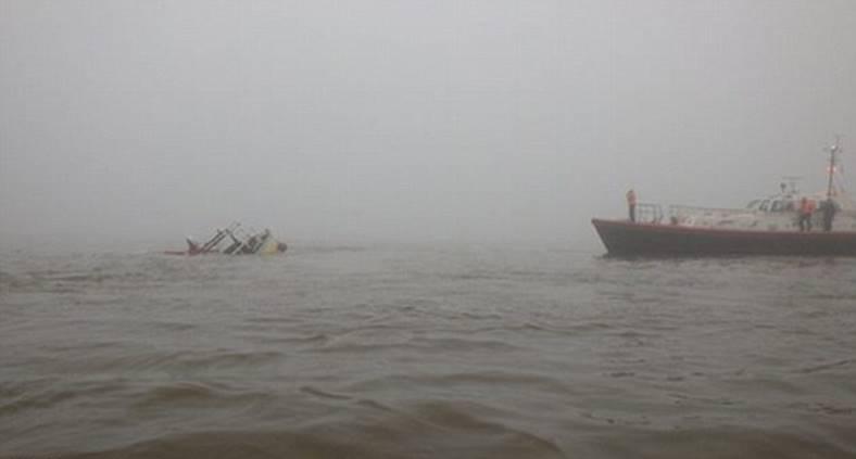 barca ciocnire