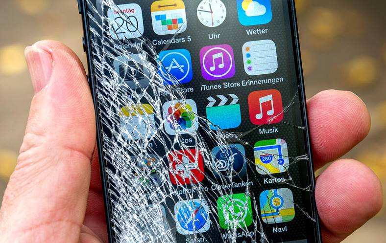 iphone ecran crapat senzor alerta
