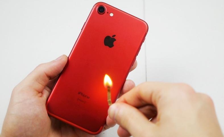 iphone 7 rosu rezistenta foc