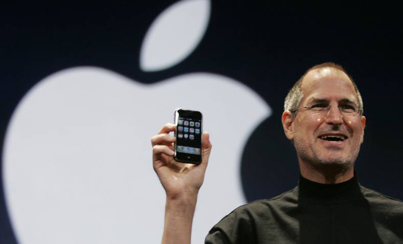 steve jobs prezentare iphone 2007