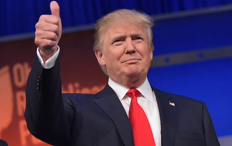 Donald Trump iPhone limitat