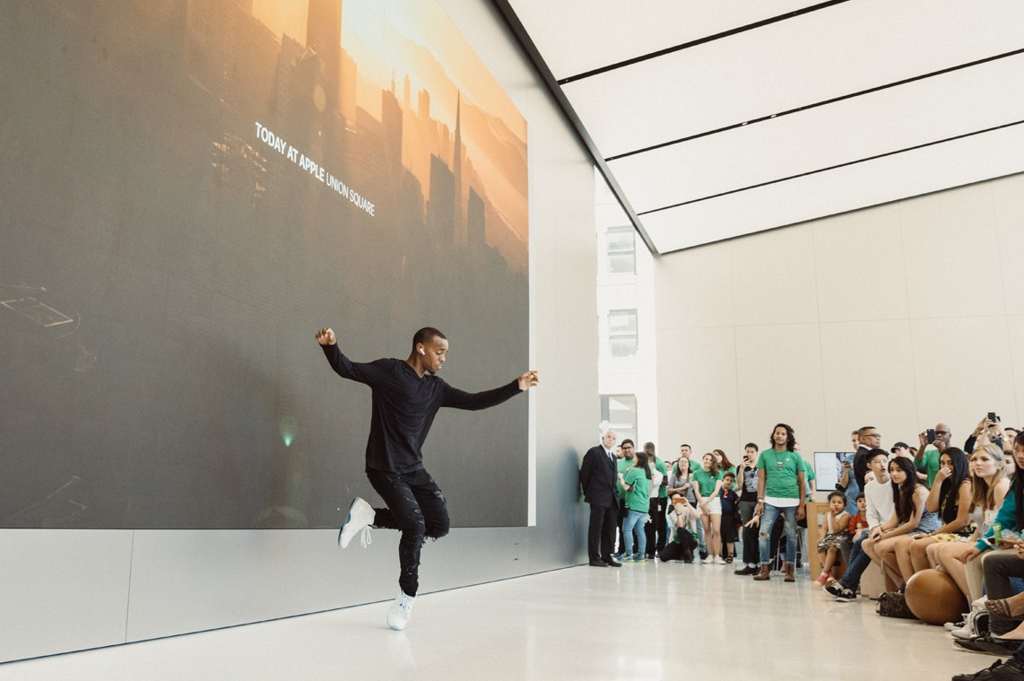 Today at Apple magazin 5