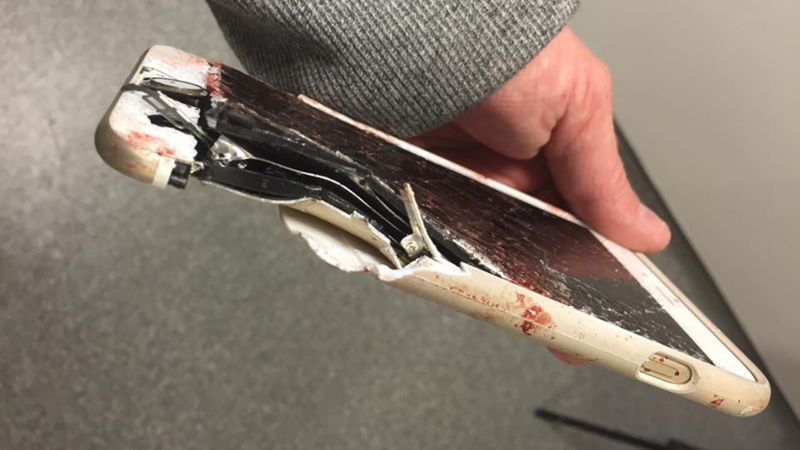 iPhone atac Manchester