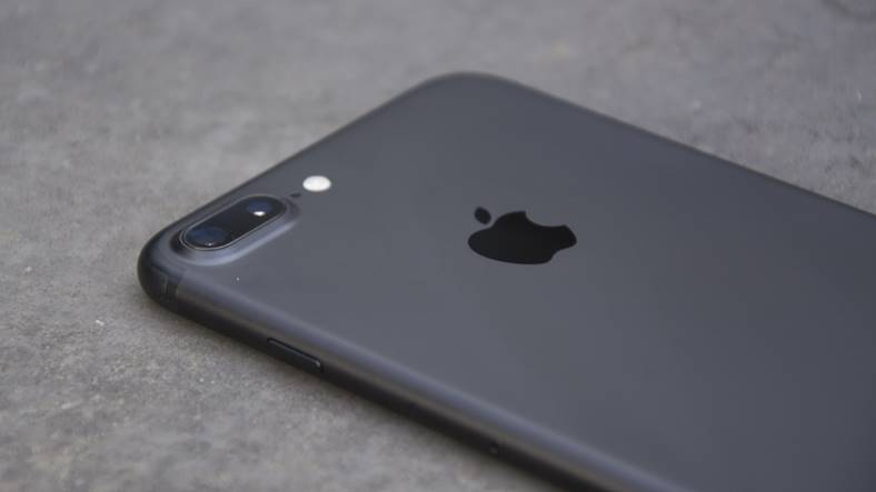iphone 7 plus stocuri apple