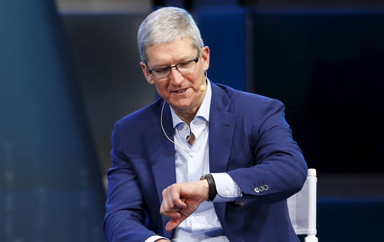 tim cook apple watch slabit