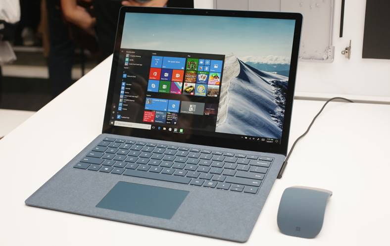 Microsoft Surface Laptop reparat