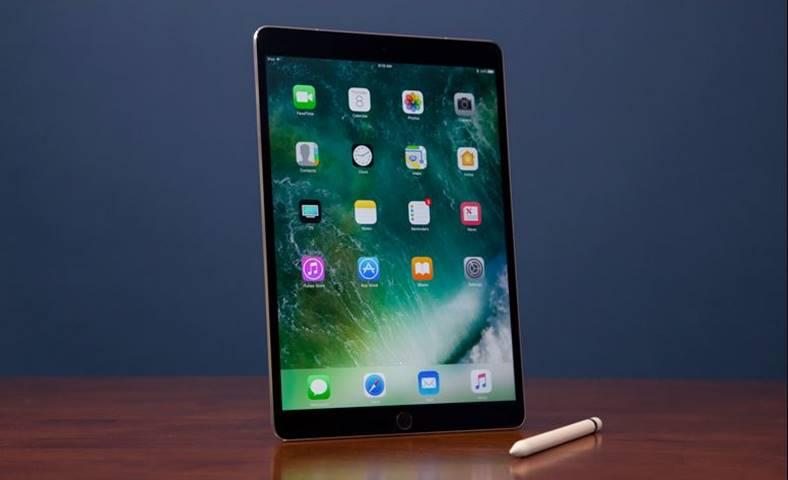 iPad Pro 10.5 inch performante MacBook Pro
