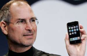 iphone buton steve jobs