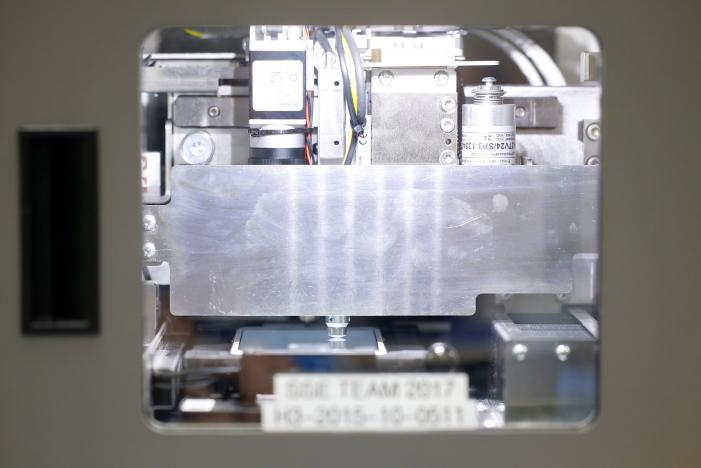 Apple demasina reparare ecran iPhone 7