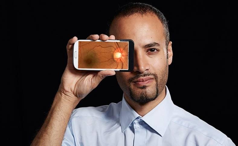 smartphone forma ochi vedere