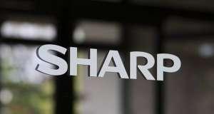 Sharp smartphone ecran carcasa feat