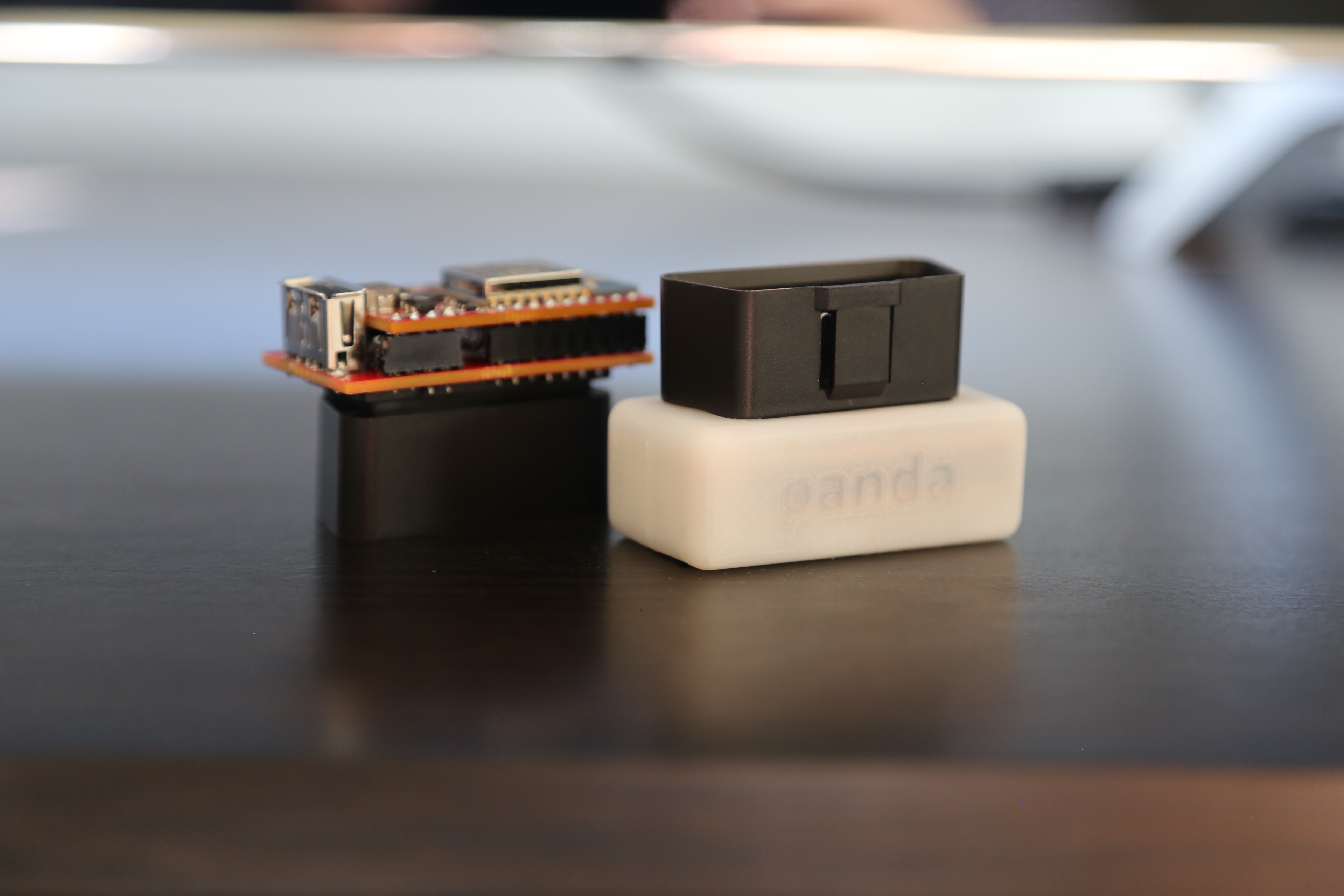 geohot dispozitiv senzori masina