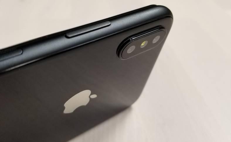 iPhone 8 lansare tarzie culoare