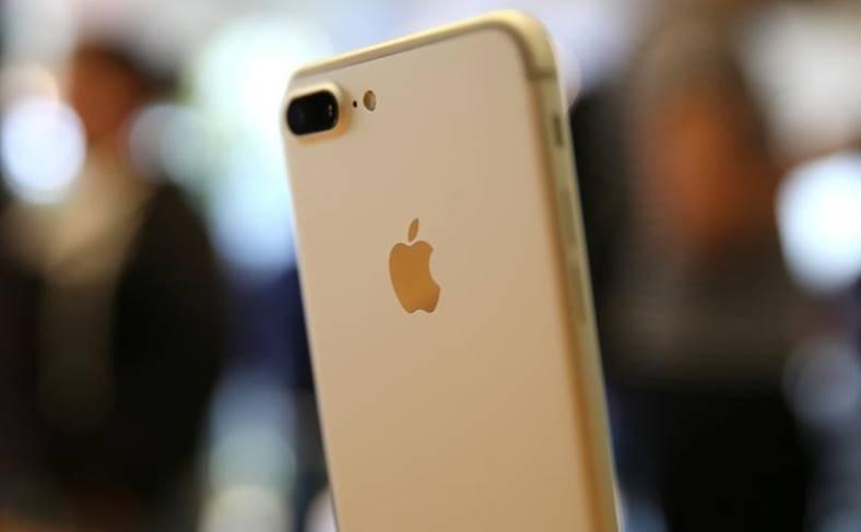 iPhone se 2 lansare