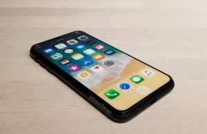 iPhone 8 pacali Apple pretul