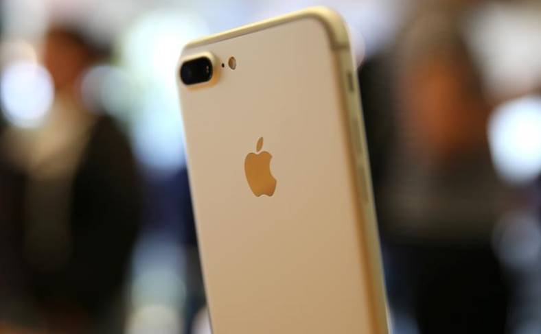 iPhone se 2 pregatiri lansare
