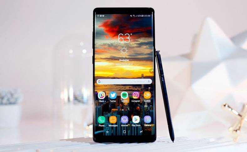 Samsung Galaxy Note 8 Vanzari Reduse iPhone X