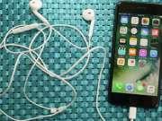 eMAG iPhone 7 1300 LEI Reducere cauza iPhone 8